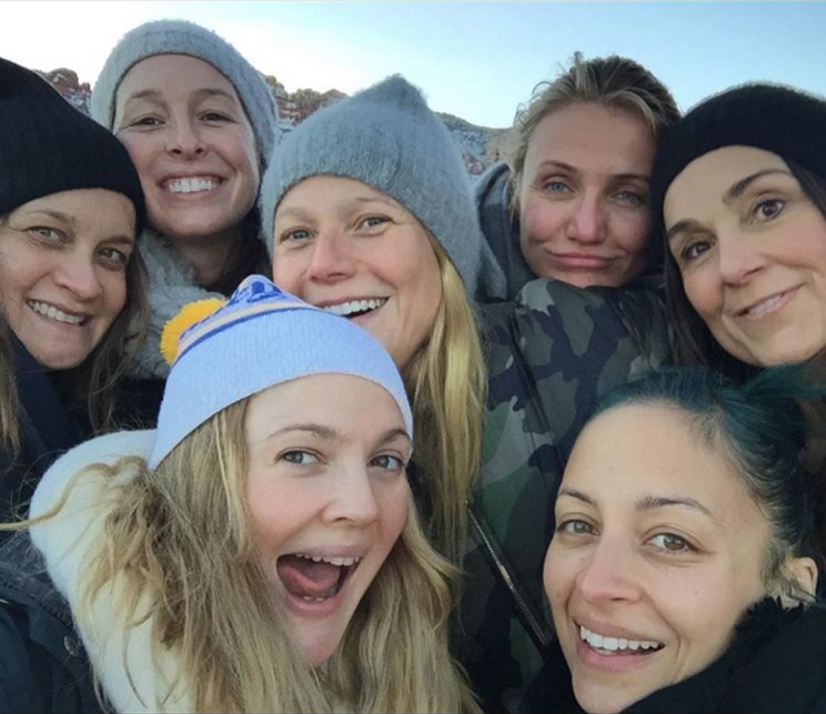 Drew Barrymore and friends (Photo: Instagram, drewbarrymore)