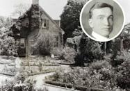 <p>Through his work in restoration and Colonial Revival properties, 20th-century landscape architect Charles Gillette established the regional style known as <strong>the Virginia Garden</strong>.</p>