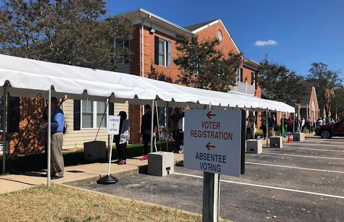Citizens in line to vote at the Chesterfield County Registrar's Office on Oct. 15, 2020.