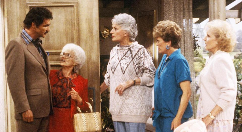 "Burt Reynolds guests on ""The Golden Girls."" (Photo: ABC Photo Archives/ABC via Getty Images)"