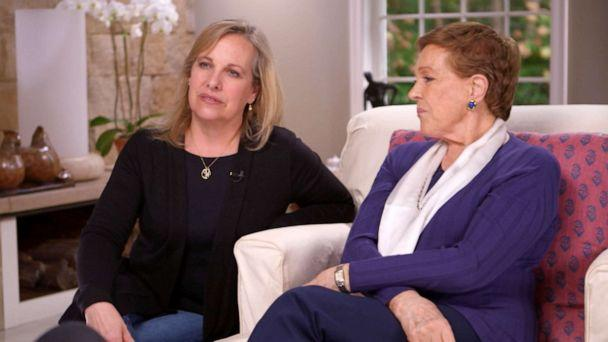 PHOTO: Julie Andrews with her daughter Emma Walton Hamilton, left, sit down for an exclusive interview with Diane Sawyer. (ABC News)