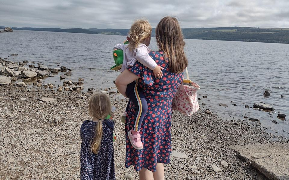 Alice Lomas with her daughters