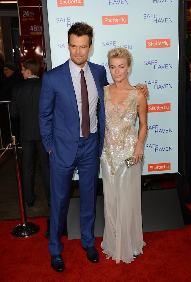 HOLLYWOOD, CA - FEBRUARY 05:  Actors Josh Duhamel and Julianne Hough arrive at the premiere of Relativity Media's 'Safe Haven' at TCL Chinese Theatre on February 5, 2013 in Hollywood, California.  (Photo by Jason Merritt/Getty Images)
