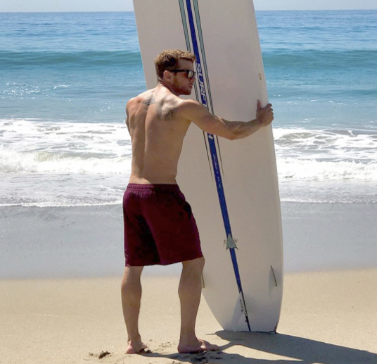 Look at that view of Ryan Phillippe
