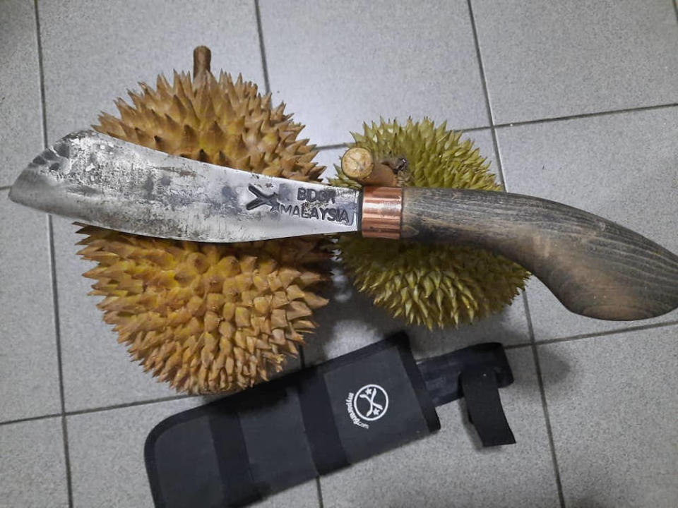 The Chandong 8-inch model can be used to open durians. — Picture courtesy of Ahmad Nadir Askandar