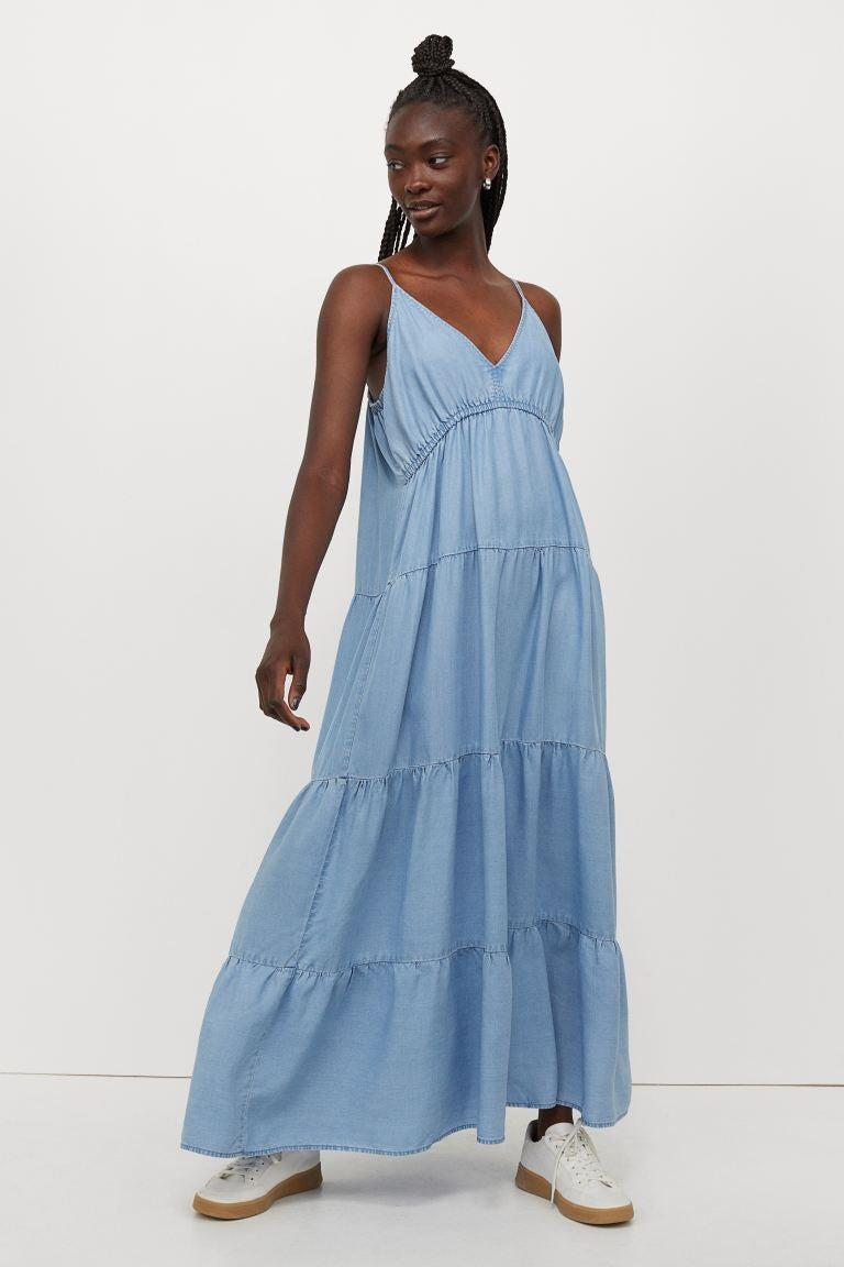 """<br><br><strong>H&M</strong> Lyocell Maxi Dress, $, available at <a href=""""https://go.skimresources.com/?id=30283X879131&url=https%3A%2F%2Fwww2.hm.com%2Fen_us%2Fproductpage.0872335003.html"""" rel=""""nofollow noopener"""" target=""""_blank"""" data-ylk=""""slk:H&M"""" class=""""link rapid-noclick-resp"""">H&M</a>"""