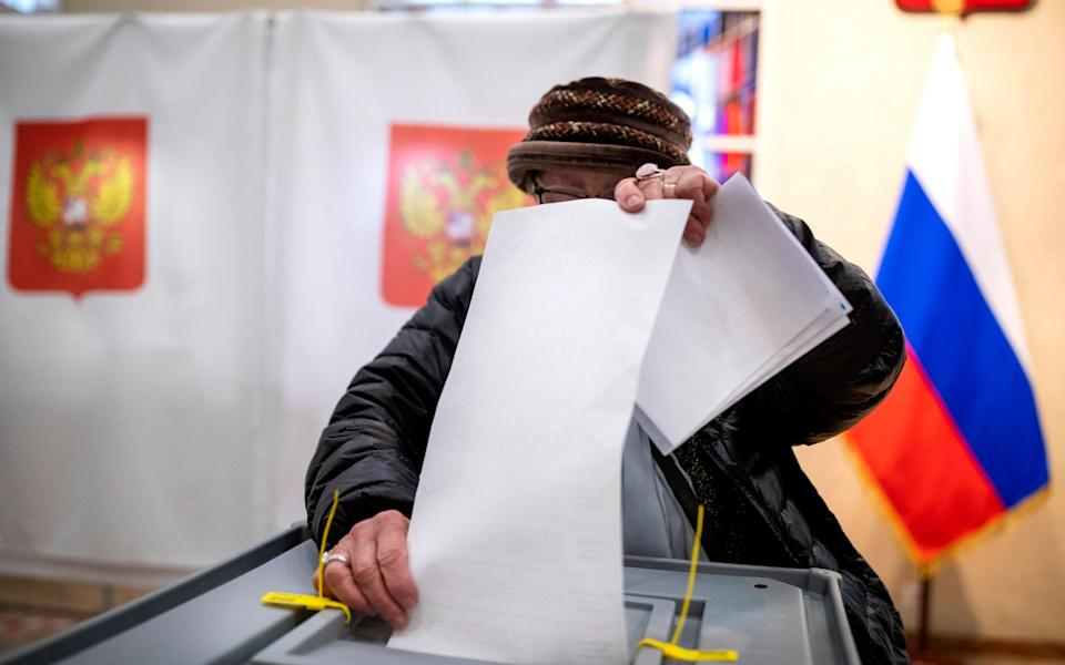 Voting in Russia was held amid growing repressions against Kremlin opponents - Mindaugas Kulbis/AP