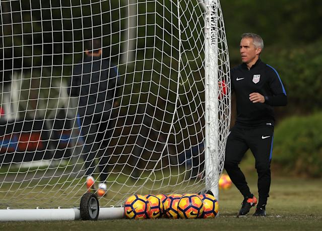 Arena is reportedly hoping to add his former USMNT assistant coach Richie Williams to the Revs staff. (Victor Decolongon/Getty)