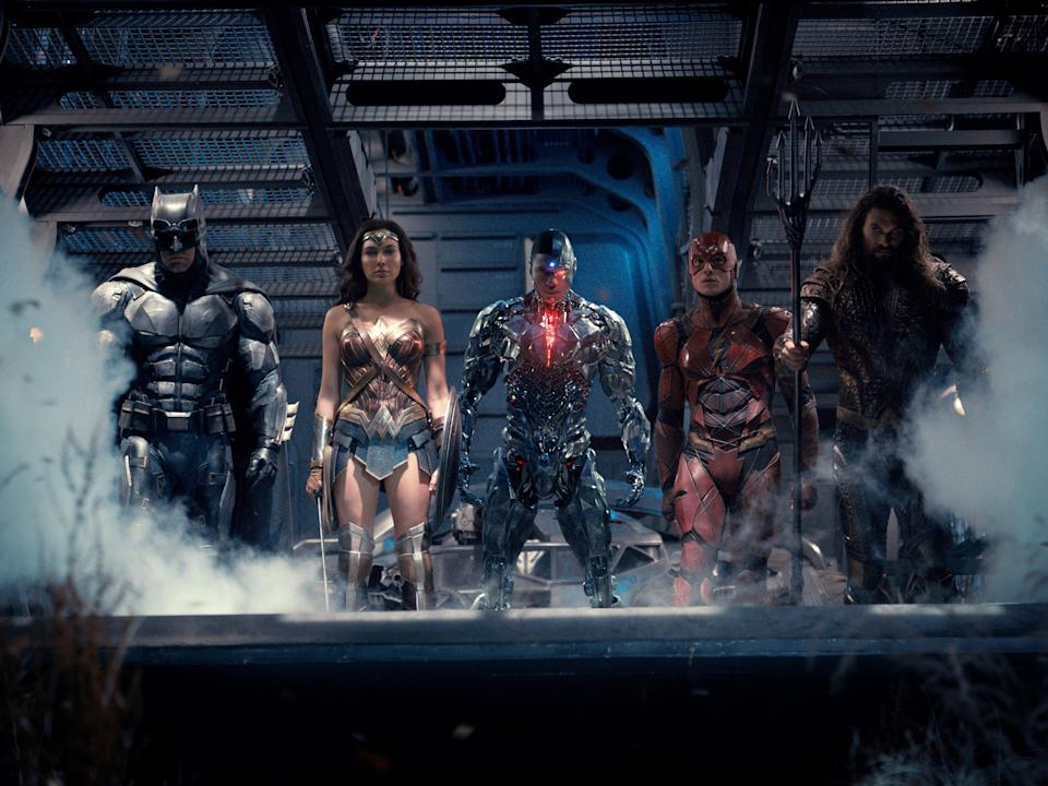 <p>The Justice League assembles in the original 2017 film</p>© 2016 Warner Bros. Entertainme