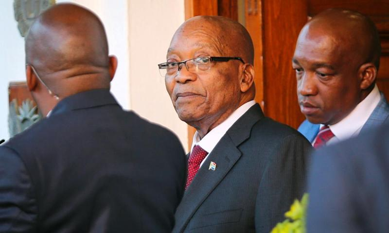 Jacob Zuma leaves Tuynhuys, the office of the presidency, at parliament in Cape Town on Wednesday
