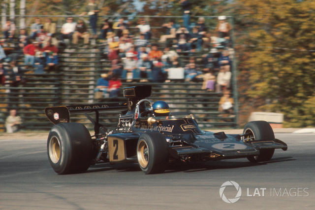 """Ronnie Peterson, Lotus 72E Ford <span class=""""copyright"""">LAT Images</span>"""