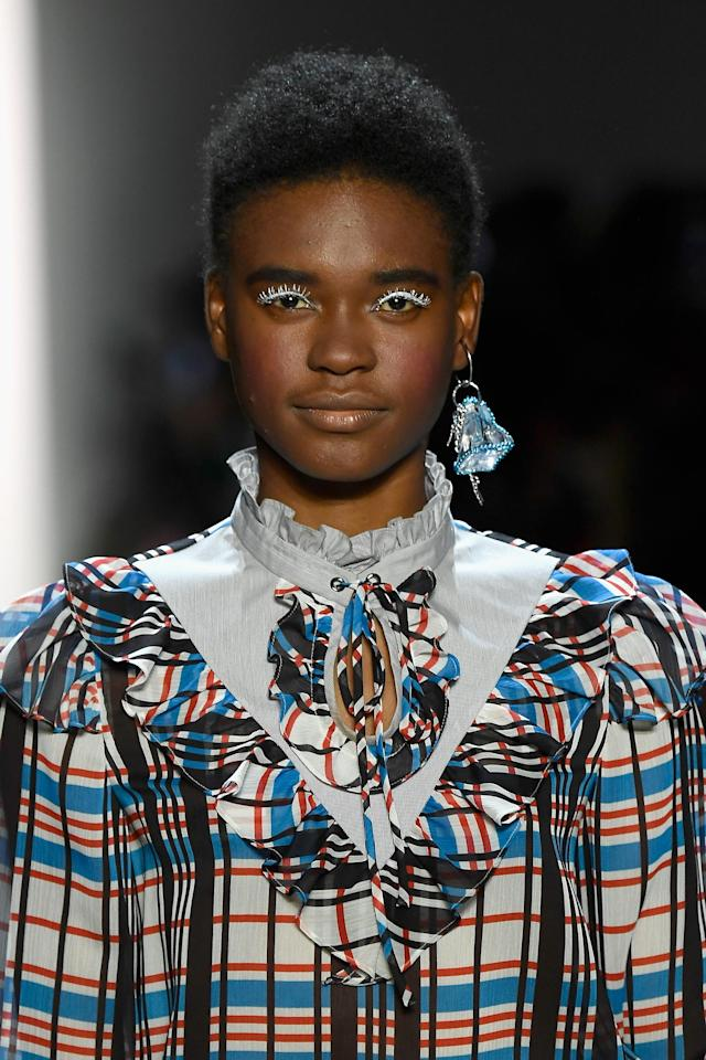 <p>The effortlessness of this teeny Afro makes it even more alluring. (Photo: Getty Images) </p>