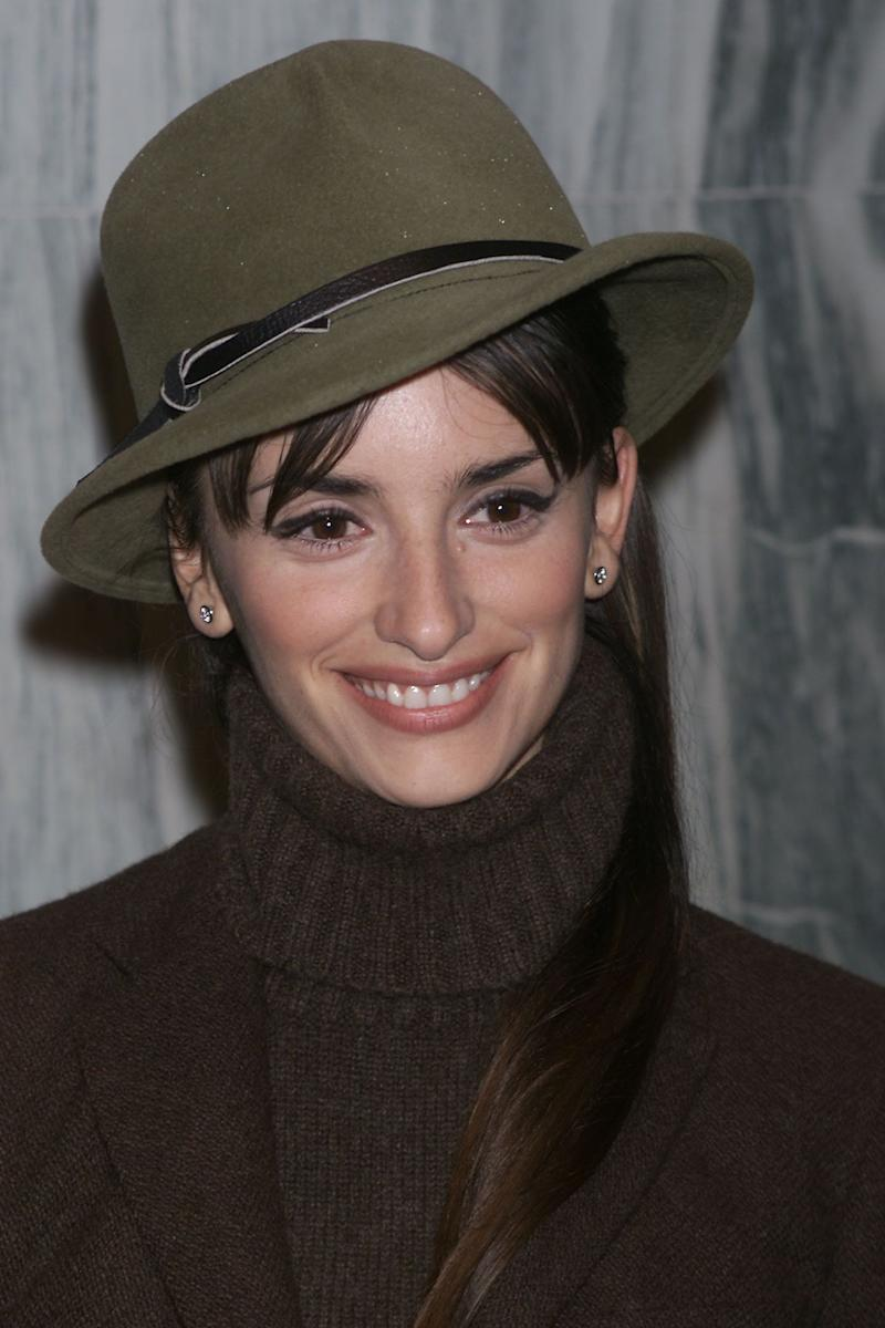"The actress sports a turtleneck at the premiere of ""All The Pretty Horses"" in New York in December 2000."
