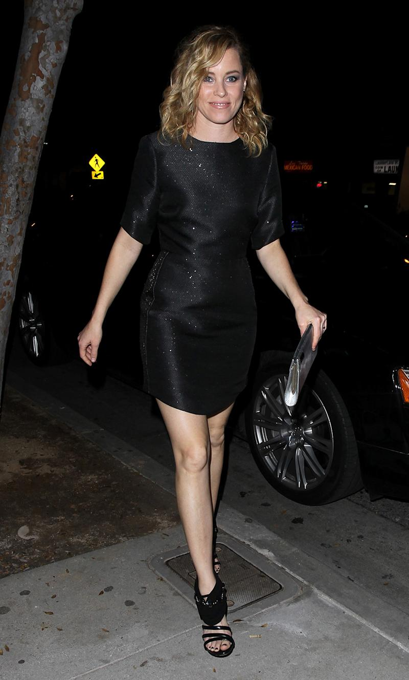 Elizabeth Banks was spotted arriving at Jimmy Fallon's after party. (Photo: AKM)