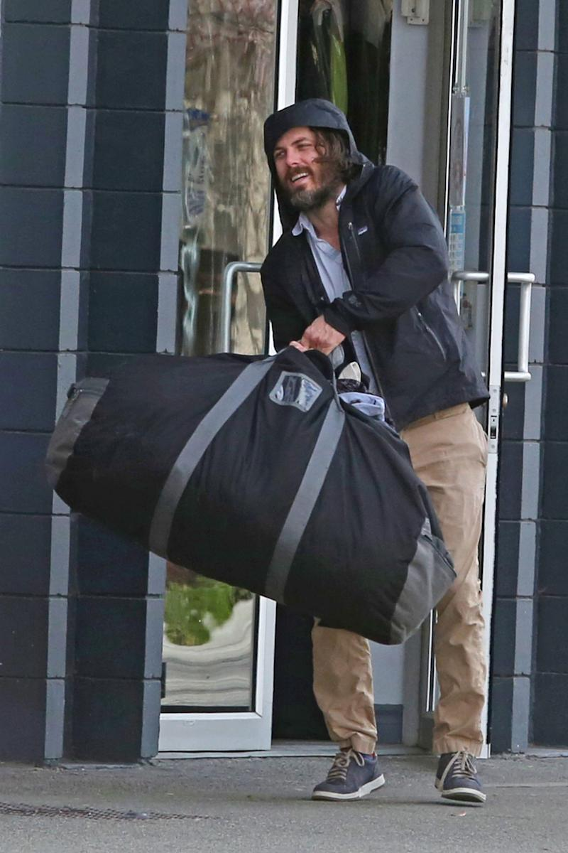 When Was The Last Time Casey Affleck Did Laundry?
