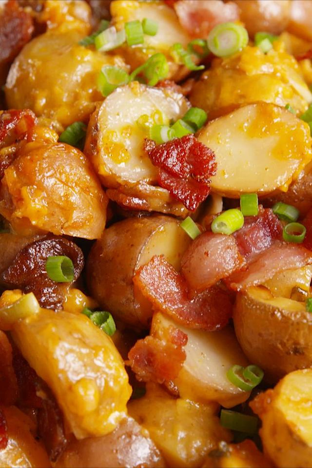 "<p>The best thing about comfort food is not actually having to cook it.</p><p>Get the recipe from <a href=""https://www.delish.com/cooking/recipe-ideas/recipes/a50007/slow-cooker-loaded-potatoes/"" target=""_blank"">Delish</a>.</p>"