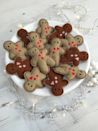 """<p>These cute gingerbread men make the purrfect christmas gift for that special feline. Each handmade gingerbread man is lined with calico for extra strength and filled only with premium Canadian catnip. Each catnip gingerbread man comes packaged in a cookie box and tied with a festive red ribbon.<br></p><p>£7 <a href=""""http://www.notonthehighstreet.com/freakmeowt/product/catnip-gingerbread-man"""" rel=""""nofollow noopener"""" target=""""_blank"""" data-ylk=""""slk:Not On The High Street"""" class=""""link rapid-noclick-resp"""">Not On The High Street</a></p>"""