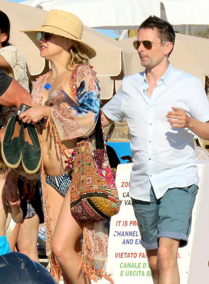 """<p>Kate Hudson and ex-fiancé Matthew Bellamy split after four years — and one kid — together. However, the actress was motivated by her own broken family to provide <a rel=""""nofollow noopener"""" href=""""http://people.com/celebrity/kate-hudson-talks-matt-bellamy-breakup-coming-from-broken-family/"""" target=""""_blank"""" data-ylk=""""slk:their son with something more"""" class=""""link rapid-noclick-resp"""">their son with something more</a>. """"We said, 'We need to try to create something for the kids where they feel like they're gaining something rather than losing something.' Kids just want to see their parents be cool. Everybody's cool; everybody's good,"""" she explained. Kate and Matt are so cool, in fact, that they took Bingham on a European getaway… with the Muse frontman's new girlfriend, Elle Evans. (Photo: AKM-GSI) </p>"""