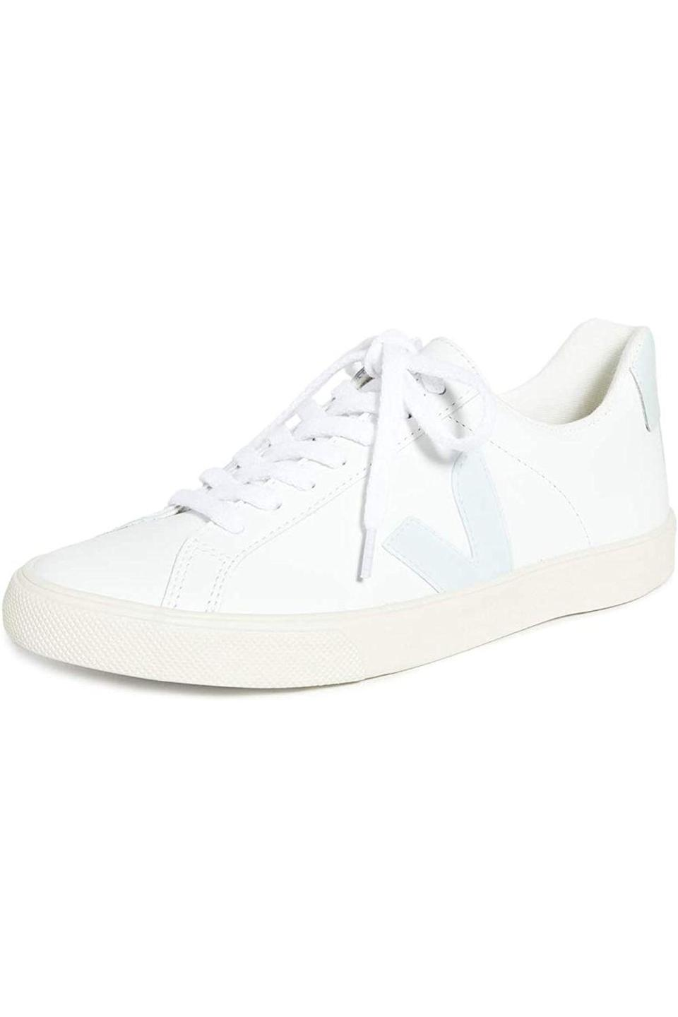 "<p><strong>Veja</strong></p><p>amazon.com</p><p><strong>$120.00</strong></p><p><a href=""https://www.amazon.com/dp/B07VPQYM5F?tag=syn-yahoo-20&ascsubtag=%5Bartid%7C10049.g.35998108%5Bsrc%7Cyahoo-us"" rel=""nofollow noopener"" target=""_blank"" data-ylk=""slk:SHOP NOW"" class=""link rapid-noclick-resp"">SHOP NOW</a></p><p>Everyone needs clean white sneakers, but if your mom's pair is looking a little worn out lately or if she needs some in her life, get her these ones she can wear to comfortably and stylishly run all her errands.</p>"