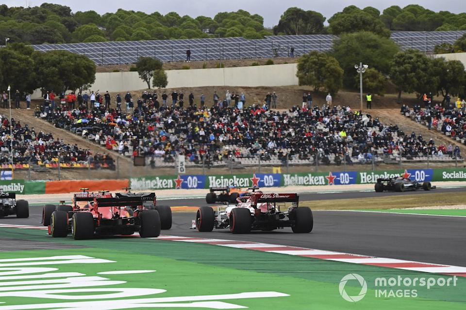 "Charles Leclerc, Ferrari SF1000, Kimi Raikkonen, Alfa Romeo Racing C39, at the start<span class=""copyright"">Mark Sutton / Motorsport Images</span>"