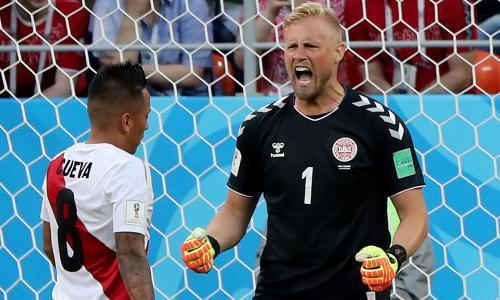 Kasper Schmeichel breaks dad's Denmark record but puts wins first
