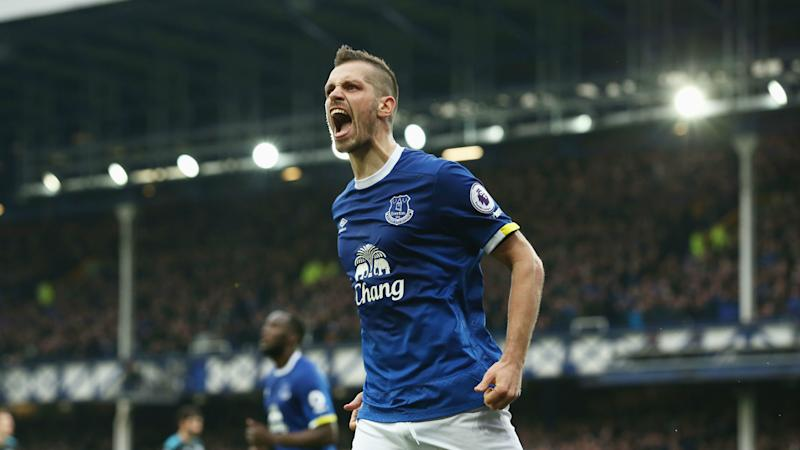 Schneiderlin: I was like a robot under Van Gaal