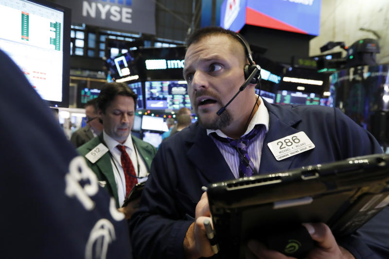 Stocks drop 4 percent in rocky week on trade, growth worries