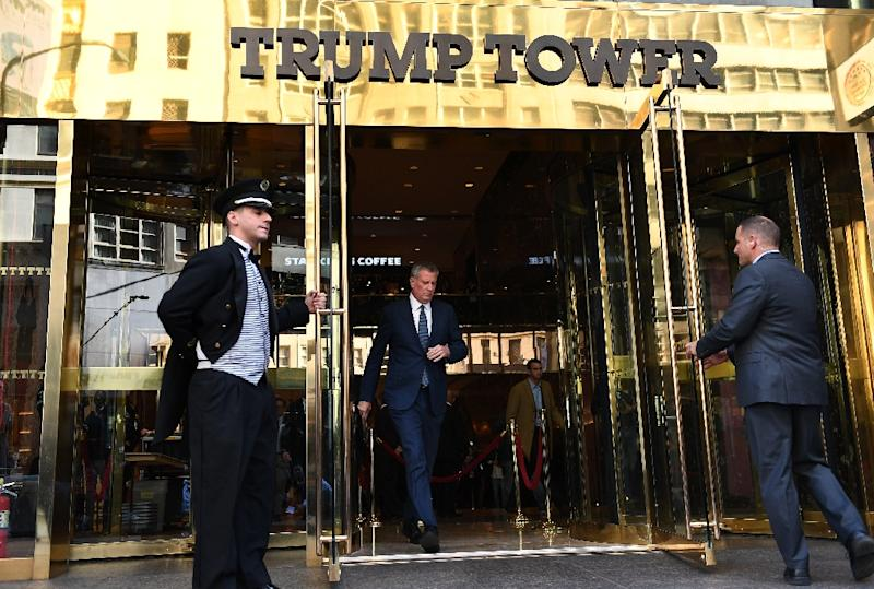 New York City Mayor Bill de Blasio leaves Trump Tower after meetings with President-elect Donald Trump November 16, 2016 in New York