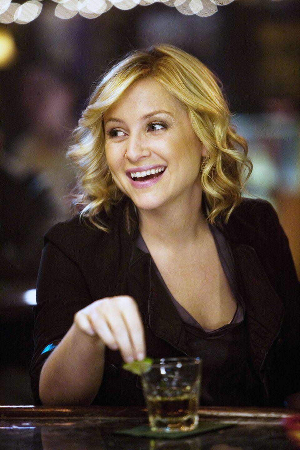 <p>Jessica Capshaw joined the cast of <em>Grey's </em>in season 5 as pediatric surgeon Arizona Robbins. </p>