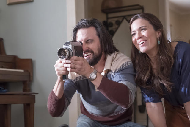 <p>Milo Ventimiglia as Jack and Mandy Moore as Rebecca in NBC's <i>This Is Us</i>.<br> (Photo: Ron Batzdorff/NBC) </p>