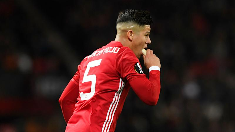 'The craziest thing I have ever seen' - Fans react to Rojo eating a banana during Man Utd game