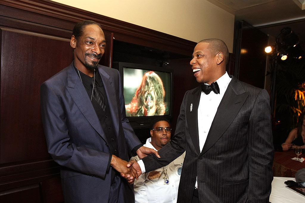 "Ever since the passing of The Notorious B.I.G. and 2Pac, the East Coast-West Coast hip hop rivalry has died down. Case in point: Snoop and Jay-Z hung out last night at The Palms. Eric Charbonneau/<a href=""http://www.wireimage.com"" target=""new"">WireImage.com</a> - February 10, 2008"