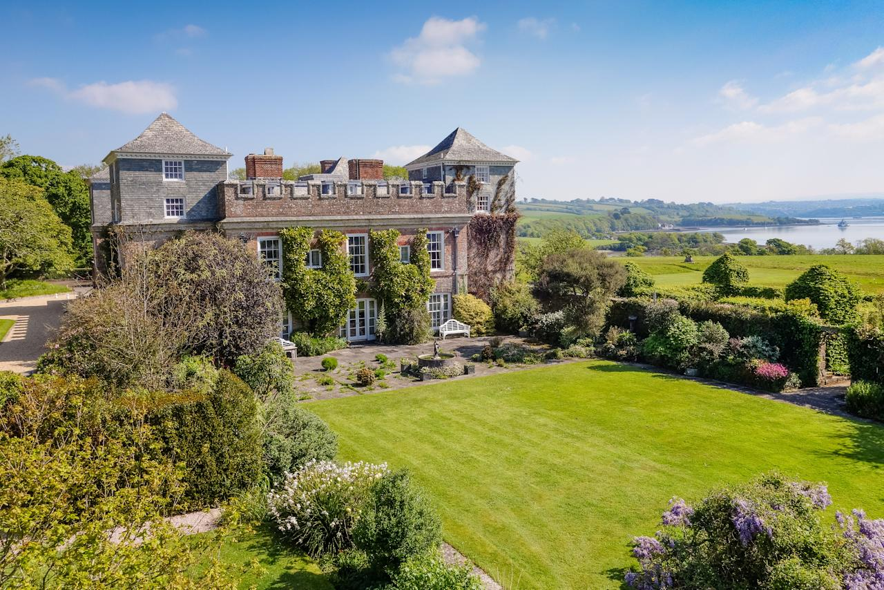 <p>The historic Grade I-listed Ince Castle sits in with 190 acres of land and nestled on its own Cornish peninsula. </p>