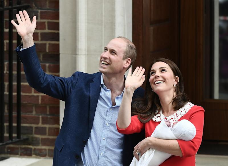 Will and Kate depart the hospital with their third child. (Gareth Cattermole via Getty Images)