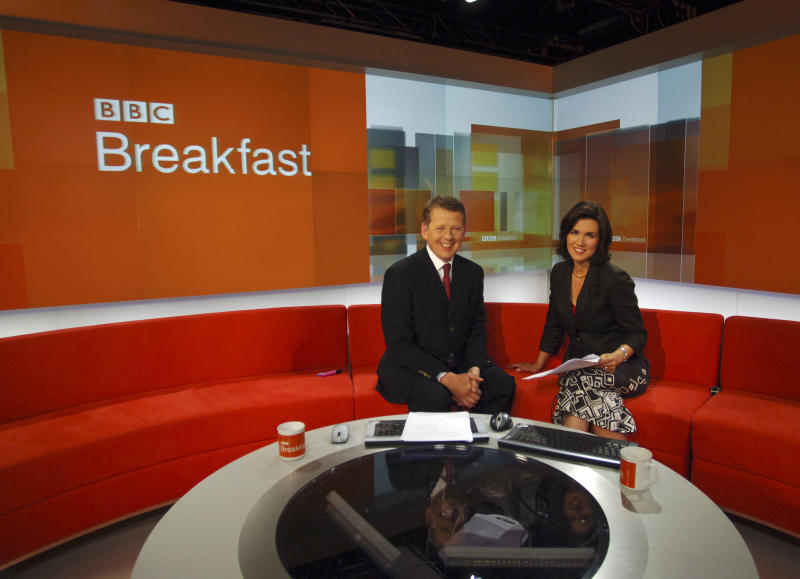 Presenters Bill Turnbull and Susanna Reid on the set of BBC Breakfast, the morning television news programme simulcast on BBC One and BBC News 24. It is presented live from BBC Television Centre in White City, West London, and contains a mixture of news, sport, weather, business and feature items. (Photo by Jeff Overs/BBC News & Current Affairs via Getty Images)