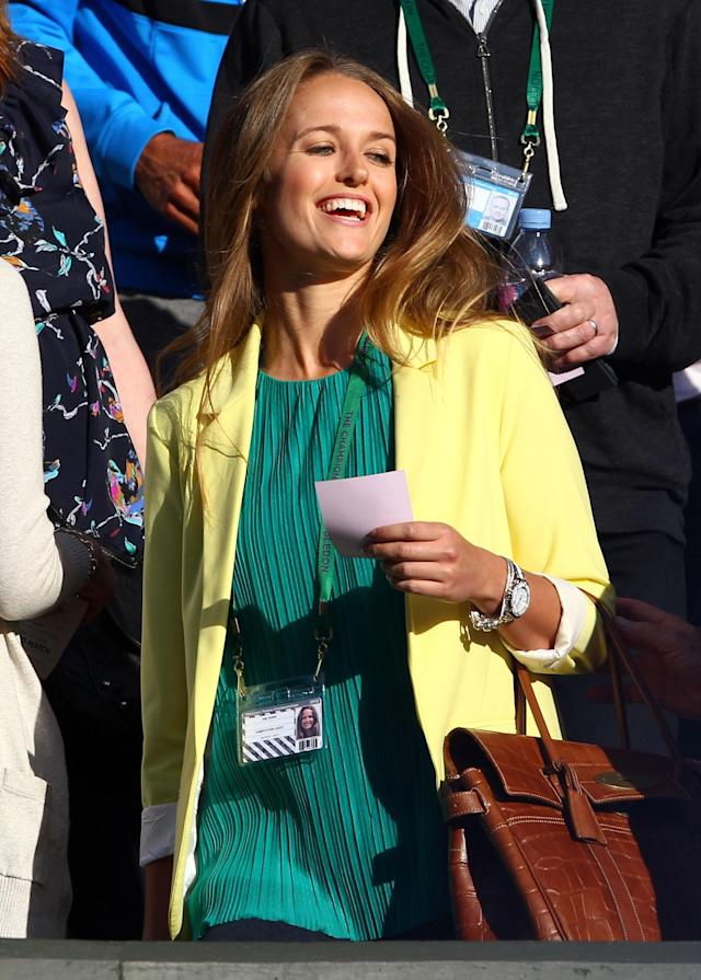 LONDON, ENGLAND - JUNE 30: Andy Murray's girlfriend Kim Sears arrives to the Gentlemen's Singles third round match between Andy Murray of Great Britain and Marcos Baghdatis of Cyprus on day six of the Wimbledon Lawn Tennis Championships at the All England Lawn Tennis and Croquet Club at Wimbledon on June 30, 2012 in London, England. (Photo by Clive Brunskill/Getty Images)