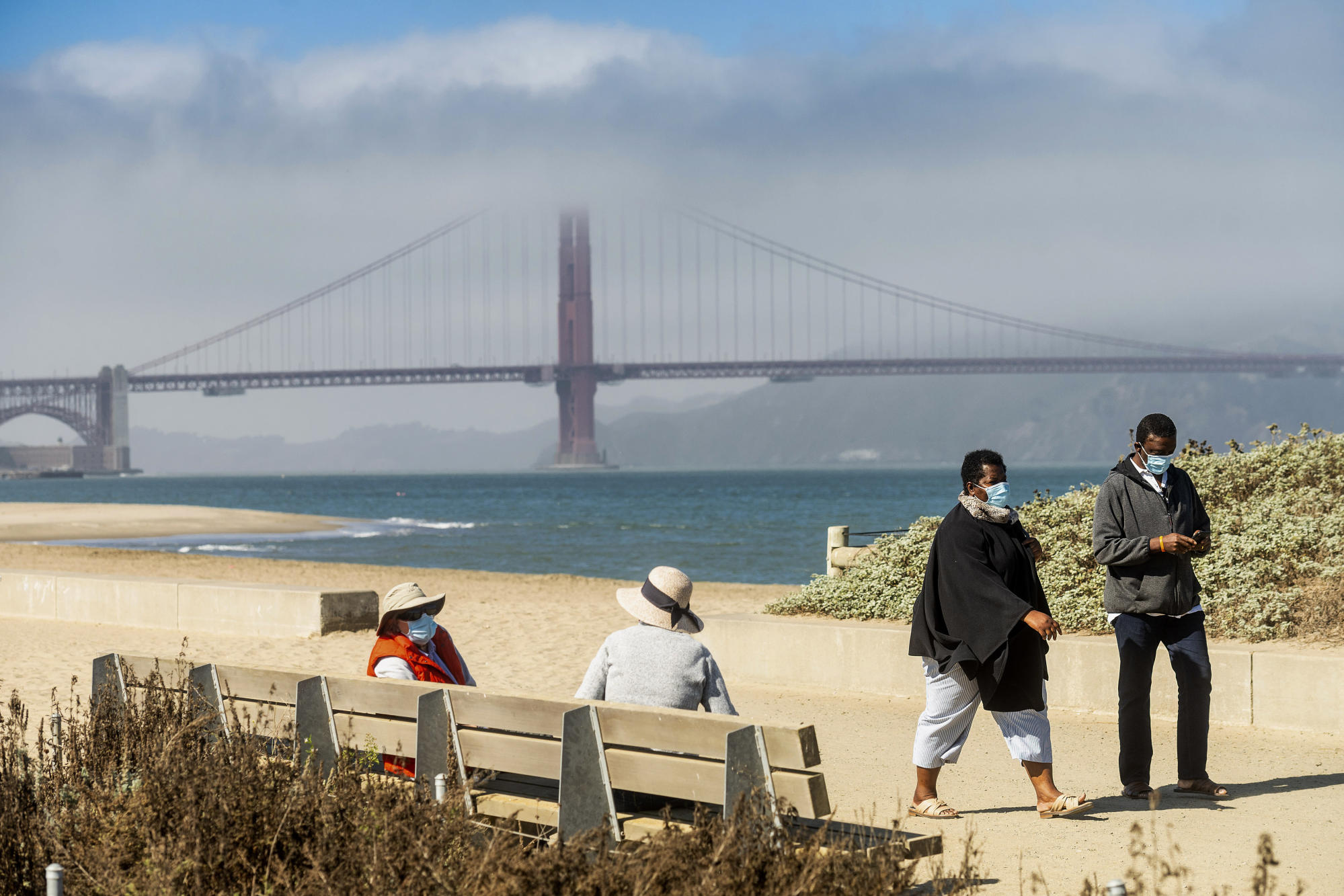 San Francisco curbs virus but once-vibrant downtown is empty