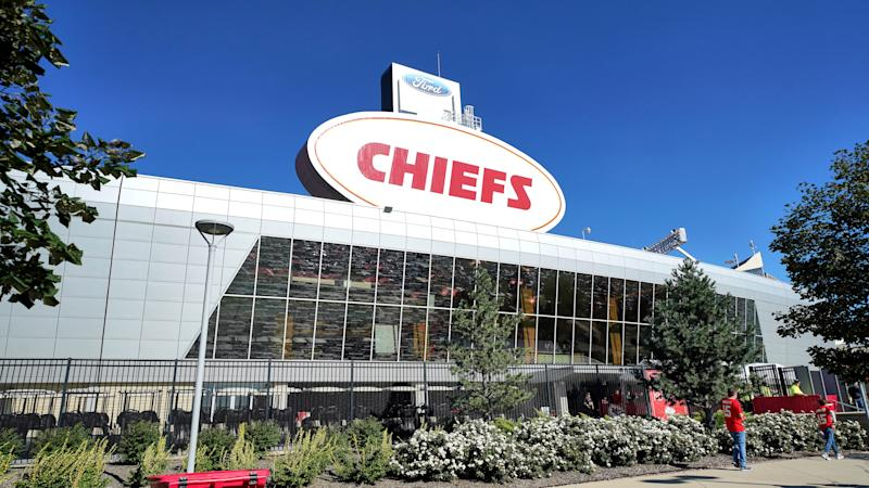 KANSAS CITY, MO - SEPTEMBER 23: A general exterior view of Arrowhead Stadium is seen during an NFL game between the San Francisco 49ers and the Kansas City Chiefs on September 23, 2018, at Arrowhead Stadium in Kansas City, MO. (Photo by Robin Alam/Icon Sportswire via Getty Images)