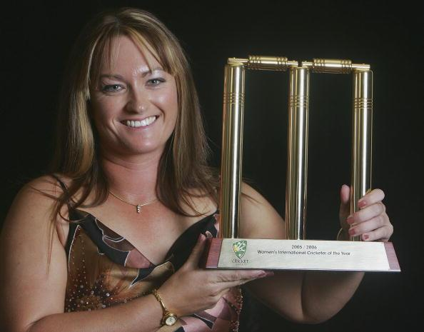 MELBOURNE, AUSTRALIA - FEBRUARY 06:  Karen Rolton named Women's International Cricketer of the Year with her trophy during the Allan Border Medal Dinner held at Crown Casino on February 6, 2006 in Melbourne, Australia. The Allan Border medal function recognises excellence in Australian Cricket.  (Photo by Hamish Blair/Getty Images)
