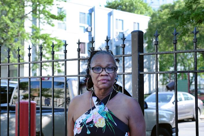 Shelia Bradley-Smith revisits the Lake Grove Village Apartments on Chicago's South Side on June 9, almost 20 years after Tionda and Diamond Bradley disappeared.