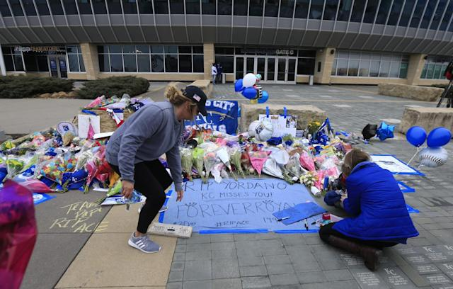 Royals fans create a memorial for Yordano Ventura, who died in a car accident early Sunday in the Dominican Republic. (AP)