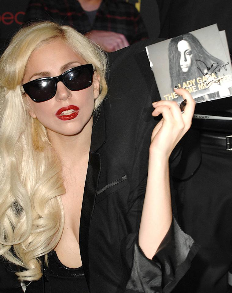 """Lady Gaga made sure none of her fans lost any weight while standing in line for her autograph on Monday. When she heard thousands had queued up to get copies of her new album signed, she ordered pizza for them all! Steve Granitz/<a href=""""http://www.wireimage.com"""" target=""""new"""">WireImage.com</a> - November 23, 2009"""