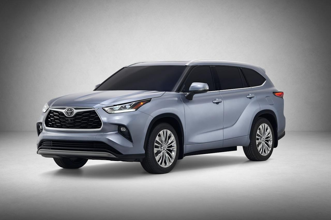 <p>Available in five trim levels-L, LE, XLE, Limited, and Platinum-the Highlander is once again available in gasoline and hybrid versions, although Toyota confirmed to <em>C/D</em> that the 2.7-liter inline-four engine has been dropped from the lineup.</p>