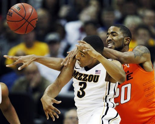 English leads No. 5 Missouri past Oklahoma State