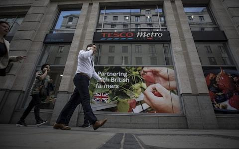 <span>UK consumers have maintained high levels of activity despite political uncertainty</span> <span>Credit: Simon Dawson/ Bloomberg </span>