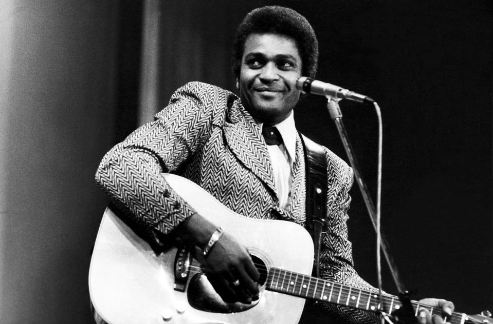 Charley Pride performs on a TV show, London, February 1975. (Photo: Michael Putland/Getty Images)
