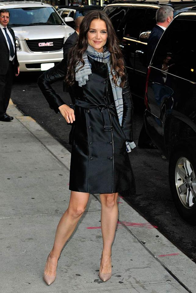 Celebs like Katie Holmes know you can never go wrong with a classic trench. (11/01/2011)
