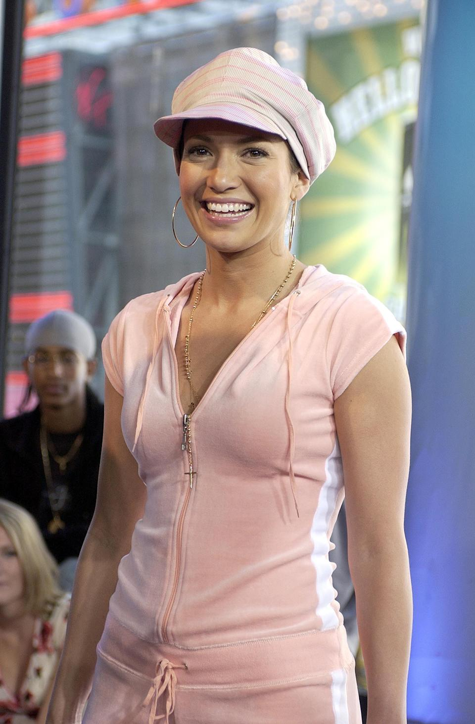 <p>Jeninifer Lopez sported a velour tracksuit for her 2002 <b>TRL</b> visit.</p>