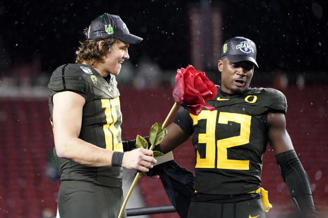 Oregon is heading to the Rose Bowl after beating Utah handily. (AP Photo/Tony Avelar)