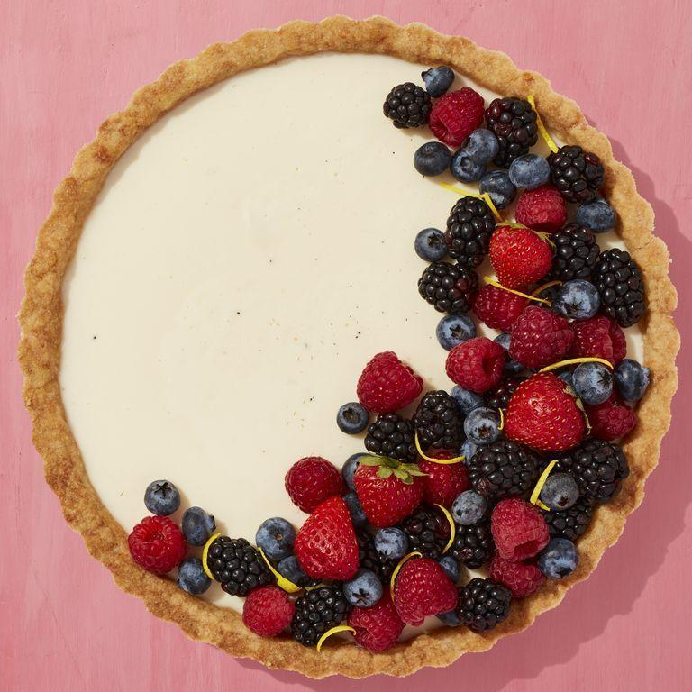 """<p>Fresh summer berries are the perfect way to decorate a vanilla tart. It's a great dessert for the 4th if you want an option that feels a little bit fancy.</p><p><a href=""""https://www.thepioneerwoman.com/food-cooking/recipes/a35901740/vanilla-tart-recipe/"""" rel=""""nofollow noopener"""" target=""""_blank"""" data-ylk=""""slk:Get the recipe."""" class=""""link rapid-noclick-resp""""><strong>Get the recipe.</strong></a></p><p><a class=""""link rapid-noclick-resp"""" href=""""https://go.redirectingat.com?id=74968X1596630&url=https%3A%2F%2Fwww.walmart.com%2Fsearch%2F%3Fquery%3Dtart%2Bpan&sref=https%3A%2F%2Fwww.thepioneerwoman.com%2Ffood-cooking%2Fmeals-menus%2Fg32109085%2Ffourth-of-july-desserts%2F"""" rel=""""nofollow noopener"""" target=""""_blank"""" data-ylk=""""slk:SHOP TART PANS"""">SHOP TART PANS</a></p>"""